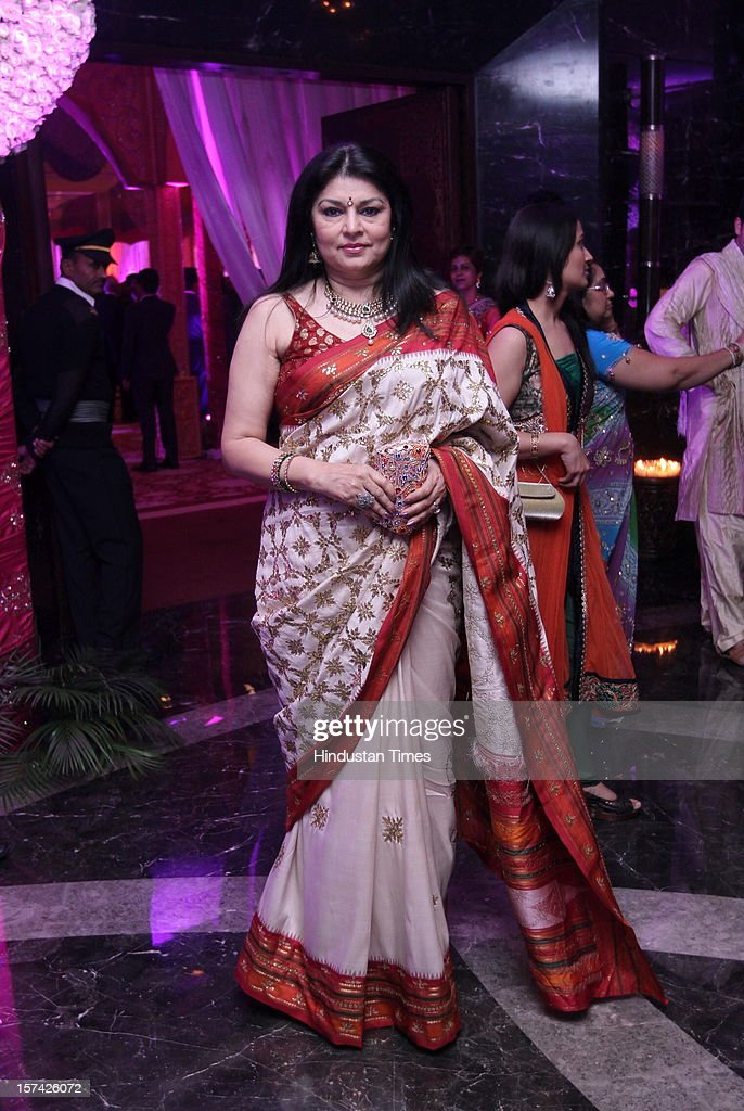 Indian actress Kiran Juneja Sippy wife of Ramesh Sippy attending the marriage reception of YES Bank founder Rana Kapoor's daughter at Taj Palace on November 30, 2012 in New Delhi, India. Kapoor is the MD & CEO of YES Bank, which is the 4th largest private sector bank in the country.