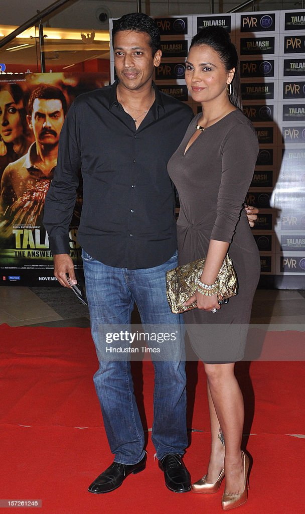Indian actress Lara Dutta with his husband Mahesh Bhupathi attending special screening of Film 'Talaash' at Phoenix Marketcity Mall, Kurla on November 29, 2012 in Mumbai, India.
