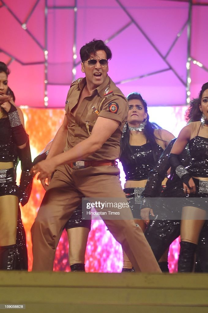 Indian bollywood actor Akshay Kumar performing during the Umang Mumbai Police Annual Show 2013 at Andheri Sports Complex on January 5, 2013 in Mumbai, India.