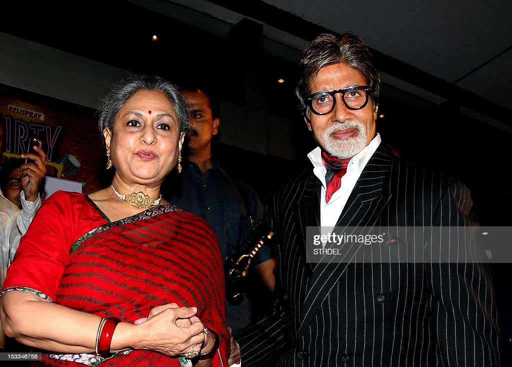 "Indian Bollywood actor Amitabh Bachchan (R) and his wife Jaya Bachchan attend the premier of the Hindi film ""Chittagong"" directed by Bedabrata Pain in Mumbai on October 3, 2012."