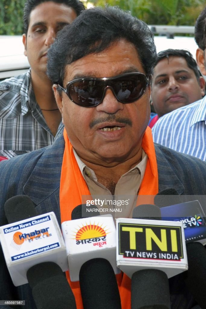 Indian Bollywood actor and Bharatiya Janata Party (BJP) candidate for Patna parliamentary seat Shatrughan Sinha addresses journalists during an election campaign event for unseen BJP candidate for Amritsar's parliamentary seat Arun Jaitley in Amritsar on April 19, 2014. India's 814-million-strong electorate is voting in the world's biggest election which is set to sweep the Hindu nationalist opposition to power at a time of low growth, anger about corruption and warnings about religious unrest.