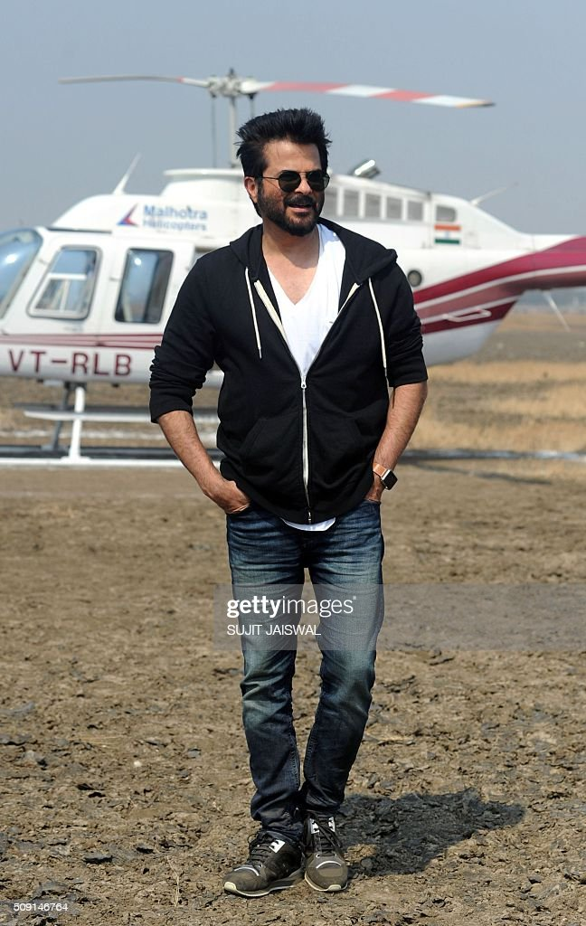 Indian Bollywood actor Anil Kapoor poses on location for the Indian Hindi version of the hit counter terrorism show '24' as season 2 is being made, in Mumbai on February 9, 2016. AFP PHOTO / Sujit Jaiswal / AFP / SUJIT JAISWAL
