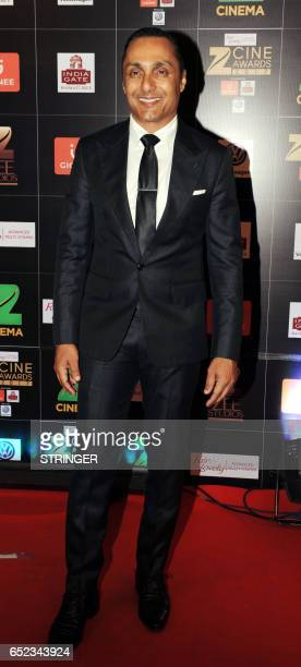 Indian Bollywood actor Rahul Bose attends the 'Zee Cine Awards 2017' ceremony in Mumbai on March 11 2017 / AFP PHOTO / STRINGER