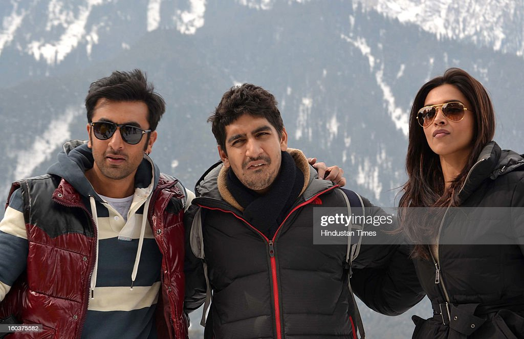 Indian Bollywood actor Ranbir Kapoor and <a gi-track='captionPersonalityLinkClicked' href=/galleries/search?phrase=Deepika+Padukone&family=editorial&specificpeople=869186 ng-click='$event.stopPropagation()'>Deepika Padukone</a> during shooting for their upcoming movie 'Yeh jawaani hai Dewaani' on January 30, 2013 at Pahalgam some 100 kms from Srinagar , India.