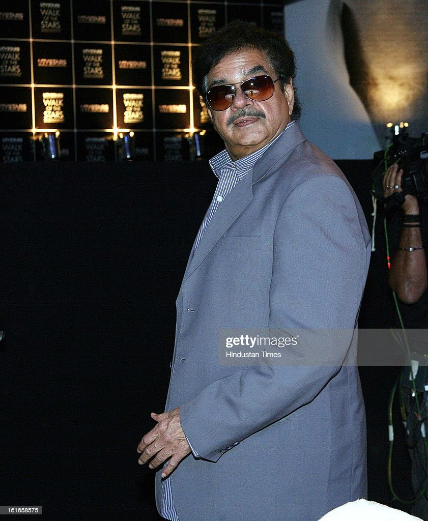 Indian bollywood actor Shatrughan Sinha during the unveiling of Yash Chopra's statue by his wife Pamela Chopra at Yash Raj Studio on February 11, 2013 in Mumbai, India.