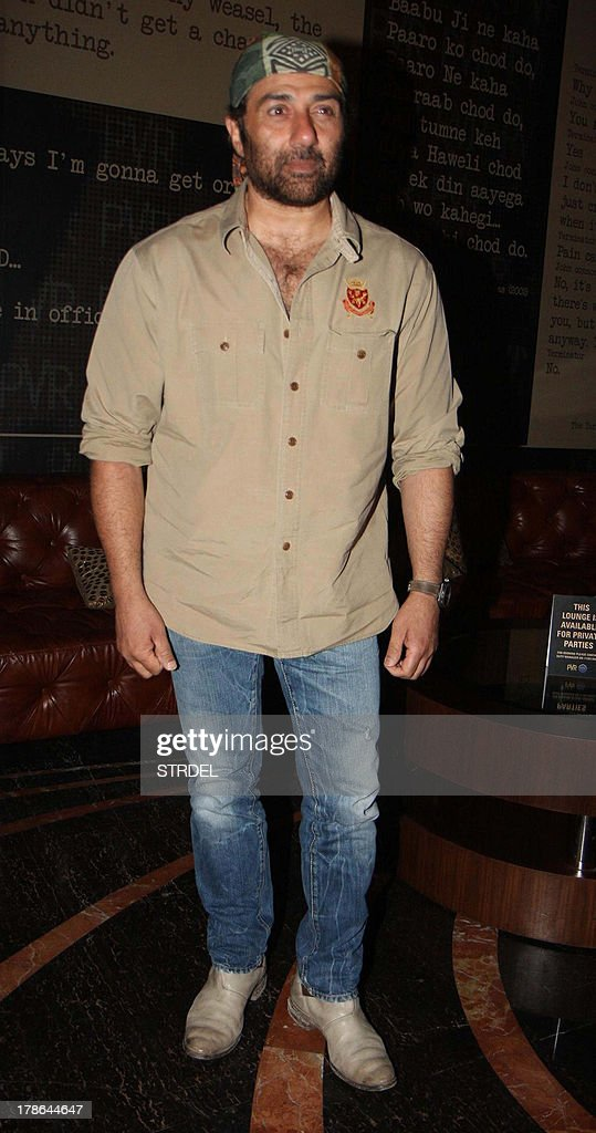 Indian Bollywood actor <a gi-track='captionPersonalityLinkClicked' href=/galleries/search?phrase=Sunny+Deol&family=editorial&specificpeople=881473 ng-click='$event.stopPropagation()'>Sunny Deol</a> poses during the first look of the upcoming Hindi film 'Singh Saab the Great' in Mumbai on August 29, 2013. AFP PHOTO/STR