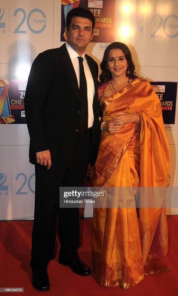Indian bollywood actor Vidya balan with her husband Siddharth Roy Kapoor, CEO of UTV Motion Pictures attending Zee Cine Awards 2013 at Yash Raj Studio on January 6, 2013 in Mumbai, India.