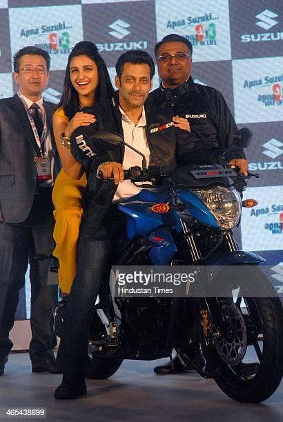 Indian Bollywood actors Salman Khan Pariniti Chopra Atul Gupta Executive Vice President SMIL and Mr Ichiro Kondo during the launch of Suzuki...