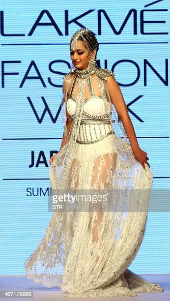 Indian Bollywood actress Akshara Haasan showcases a creation by designer Anaiikka on the fourth day of the Lakme Fashion Week summer/resort 2015 in...