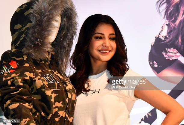 Indian Bollywood actress Anushka Sharma attends the launch of her new clothing brand 'NUSH' in Mumbai on October 3 2017 / AFP PHOTO / STR