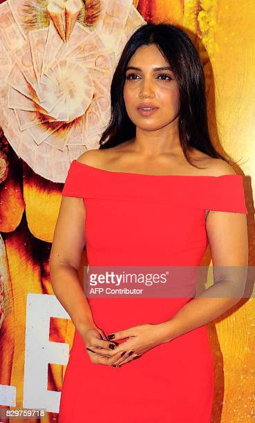 Indian Bollywood actress Bhumi Pednekar poses for a photograph during a screening of Hindi film 'Toilet Ek Prem Katha' in Mumbai on August 10 2017 /...