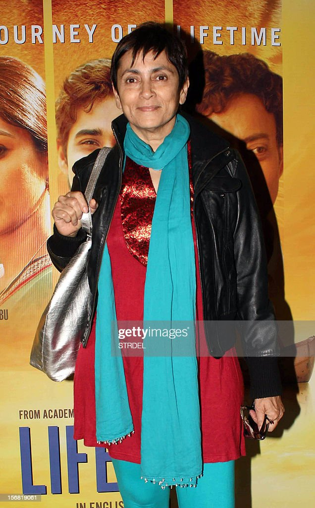 Indian Bollywood actress Deepa Sahi poses as she attends a special screening of the film 'Life of Pi' in Mumbai late November 21, 2012.