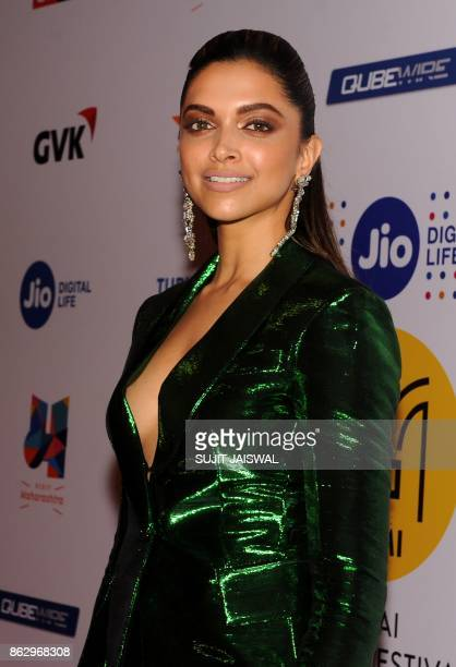Indian Bollywood actress Deepika Padukone attends the award ceremony of the 'Jio MAMI 19th Mumbai Film Festival' in Mumbai on October 18 2017 / AFP...