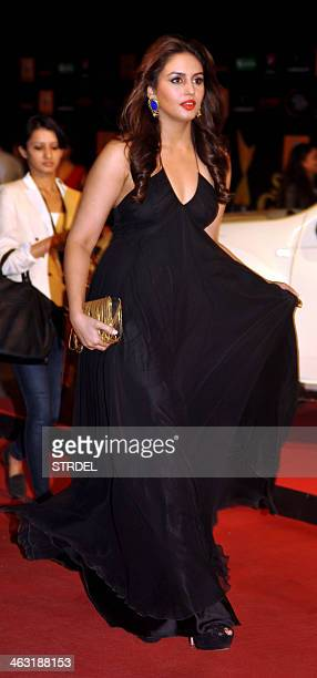 Indian Bollywood actress Humaa Qureshi walks during the Renault Star Guild Awards ceremony in Mumbai on late January 16 2014 AFP PHOTO/STR