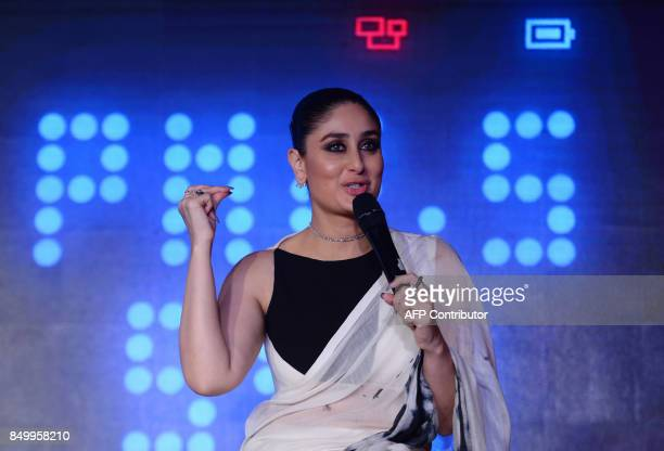 Indian Bollywood actress Kareena KapoorKhan speaks during a promotional event in New Delhi on September 20 2017 / AFP PHOTO / SAJJAD HUSSAIN