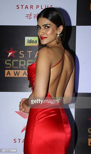 Indian Bollywood actress Kriti Sanon attends the 23rd annual 'Star Screen Awards 2016' in Mumbai on December 4 2016 / AFP /