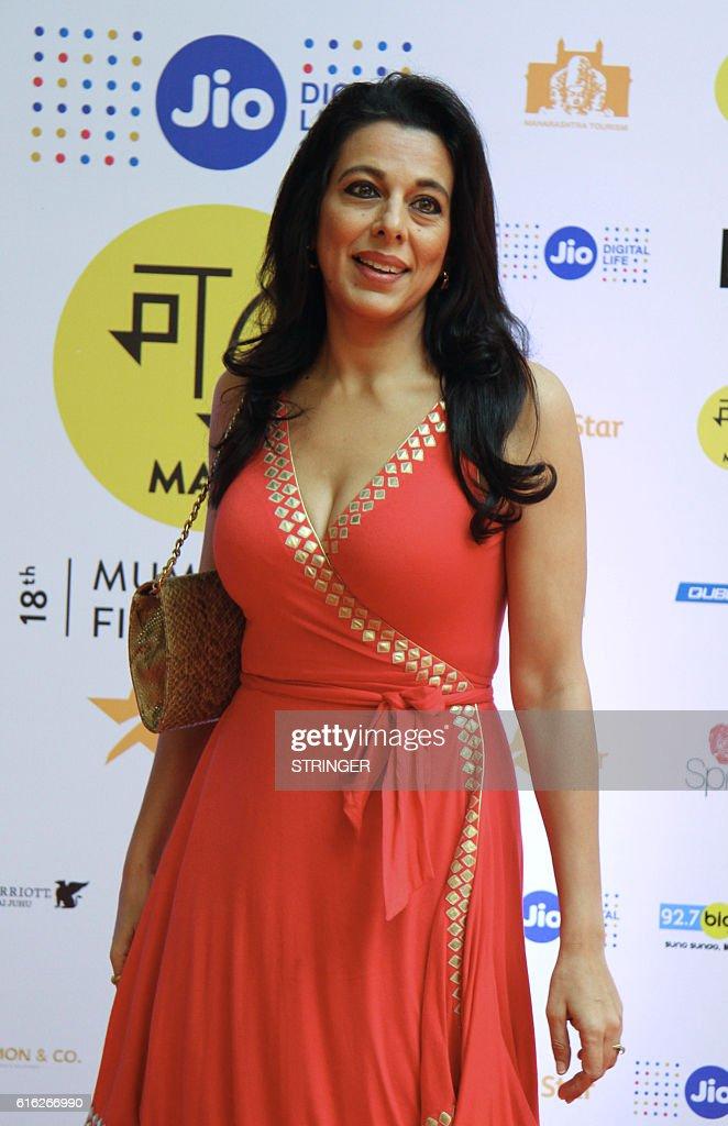 Indian Bollywood actress Pooja Bedi attends the Jio MAMI 18th Mumbai Film Festival Movie Mela for Hindi film Jo Jeeta Wohi Sikandar directed by Mansoor Khan, in Mumbai on October 22, 2016. / AFP / STRINGER