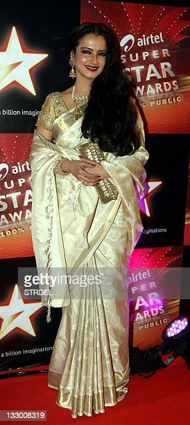 Indian Bollywood actress Rekha poses as she attends the 'Airtel Superstar Awards 2011' ceremony in Mumbai late November 15 2011 AFP PHOTO/STR