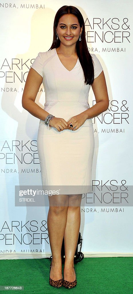 Indian Bollywood actress <a gi-track='captionPersonalityLinkClicked' href=/galleries/search?phrase=Sonakshi+Sinha&family=editorial&specificpeople=5781347 ng-click='$event.stopPropagation()'>Sonakshi Sinha</a> poses during a promotional event in Mumbai on November 11, 2013.