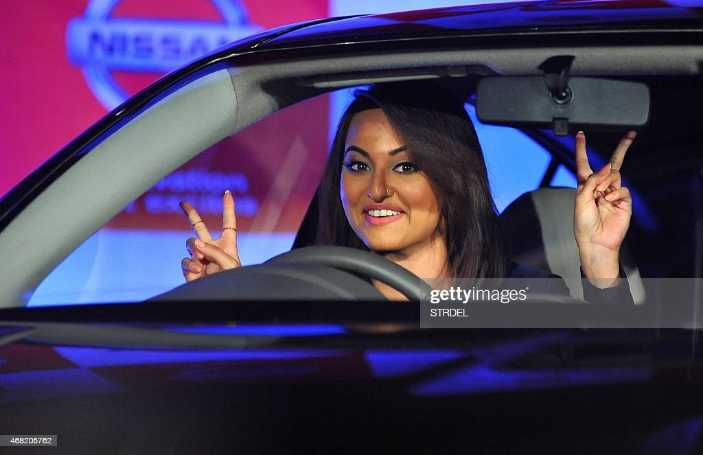 Indian Bollywood actress <a gi-track='captionPersonalityLinkClicked' href=/galleries/search?phrase=Sonakshi+Sinha&family=editorial&specificpeople=5781347 ng-click='$event.stopPropagation()'>Sonakshi Sinha</a> poses during a promotional event in Mumbai on March 31, 2015. AFP PHOTO/STR