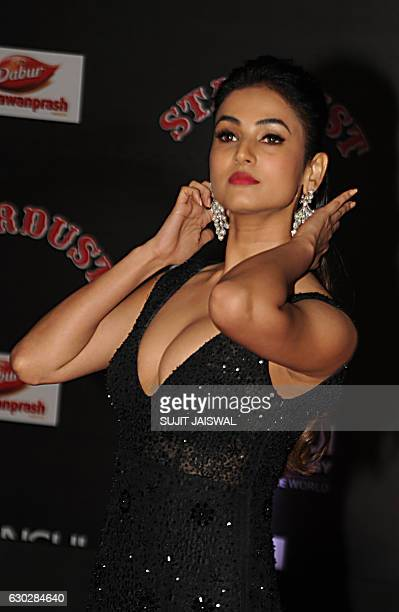 Indian Bollywood actress Sonal Chauhan attends the 14th Stardust Awards 2016 ceremony in Mumbai on December 19 2016 / AFP / Sujit JAISWAL