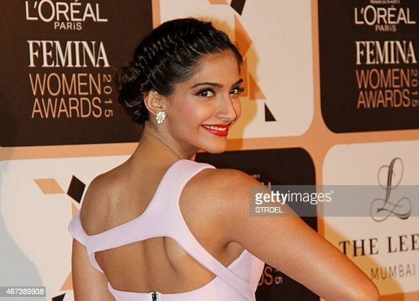 Indian Bollywood actress Sonam Kapoor poses as she attends LOreal Paris Femina Women Awards 2015 ceremony in Mumbai late March 23 2015 AFP PHOTO/STR