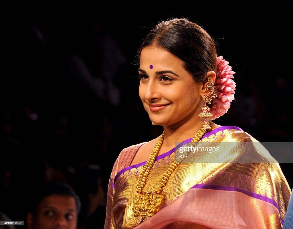 Indian Bollywood actress <a gi-track='captionPersonalityLinkClicked' href=/galleries/search?phrase=Vidya+Balan&family=editorial&specificpeople=563348 ng-click='$event.stopPropagation()'>Vidya Balan</a> showcases a creation by designer Gaurang on the second day of the Lakme Fashion Week (LFW) summer/resort 2015 in Mumbai on March 19, 2015. AFP PHOTO