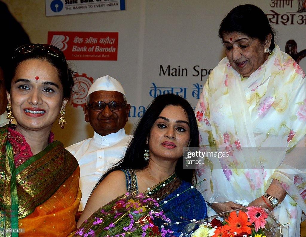 Meet Shraddha Kapoor's Family – Shakti Kapoor, Shivangi Kolhapure ...