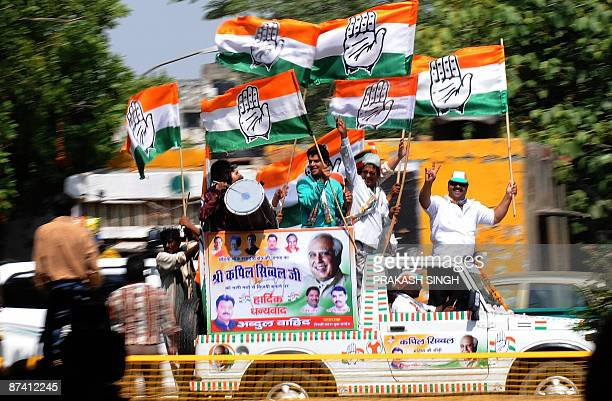 Indian Congress Party's workers celebrate their election in New Delhi on May 16 2009 Sonia Gandhi said that the Indian people have made 'the right...