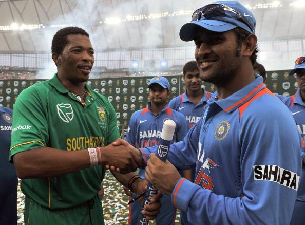 Indian cricket captain Mahendra Singh Dh : News Photo