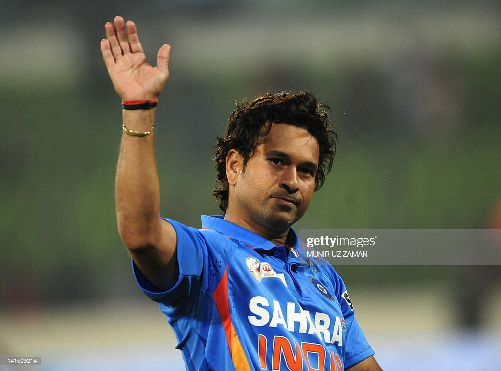 sachin tendulkar information in hindi Sachin tendulkar essay in hindi india is a cricket crazy country and there is a saying in india 'cricket is my religion and sachin is my god' people in india are mad about sachin ramesh tendulkar for he is the greatest ever one day international player and one of the greatest test cricket player.