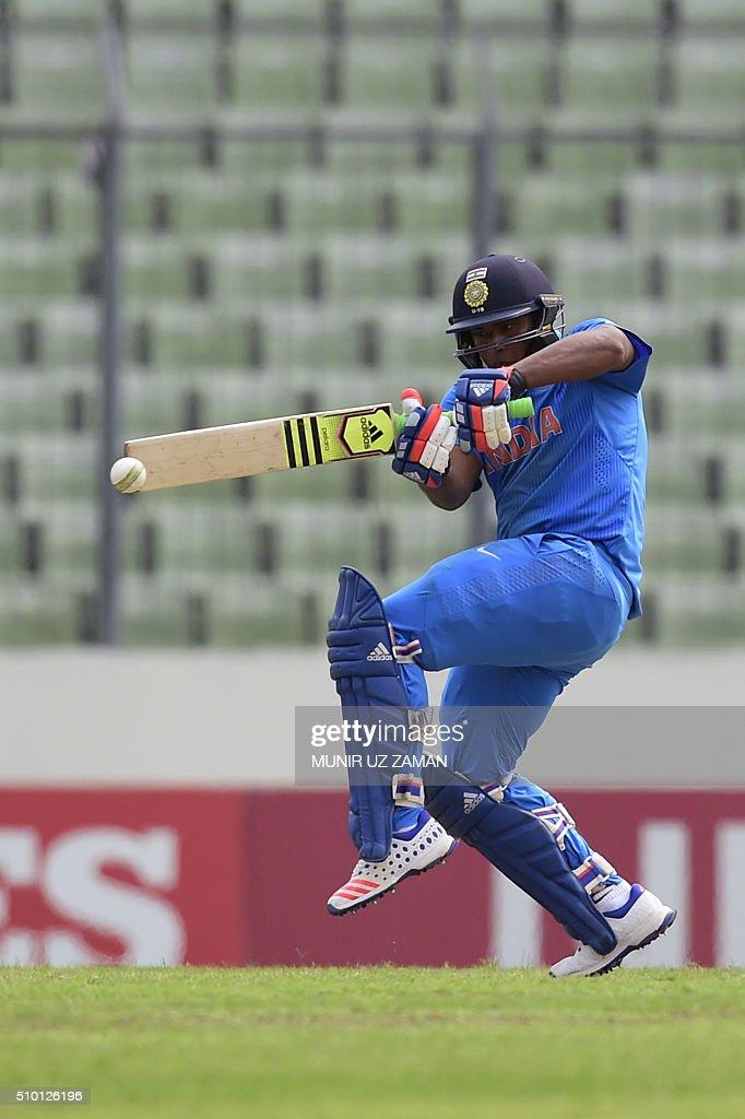 Indian cricketer Sarfaraz Khan plays a shot during the under-19s World Cup cricket final between India and West Indies at the Sher-e-Bangla National Cricket Stadium in Dhaka on February 14, 2016. AFP PHOTO/Munir uz ZAMAN / AFP / MUNIR UZ ZAMAN