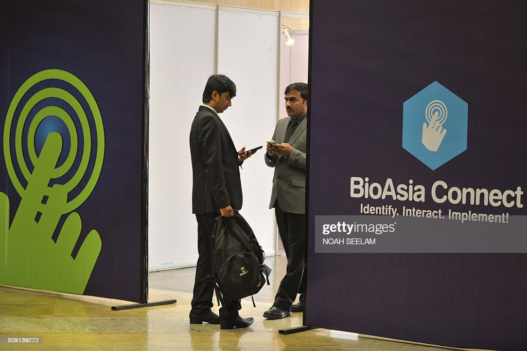 Indian delegates attend the BioAsia 2016 conference at the Hyderabad International Convention Centre (HICC) in Hyderabad on February 9, 2016. The 13th edition of BioAsia witnessed many strategic partnerships and investment announcements of over 100 million USD in the three-day event. AFP PHOTO / Noah SEELAM / AFP / NOAH SEELAM