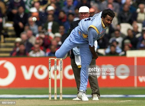 Indian fast bowler Javagal Srinath delivers a ball during their Super Six Cricket World Cup match against Pakistan at Old Trafford Manchester