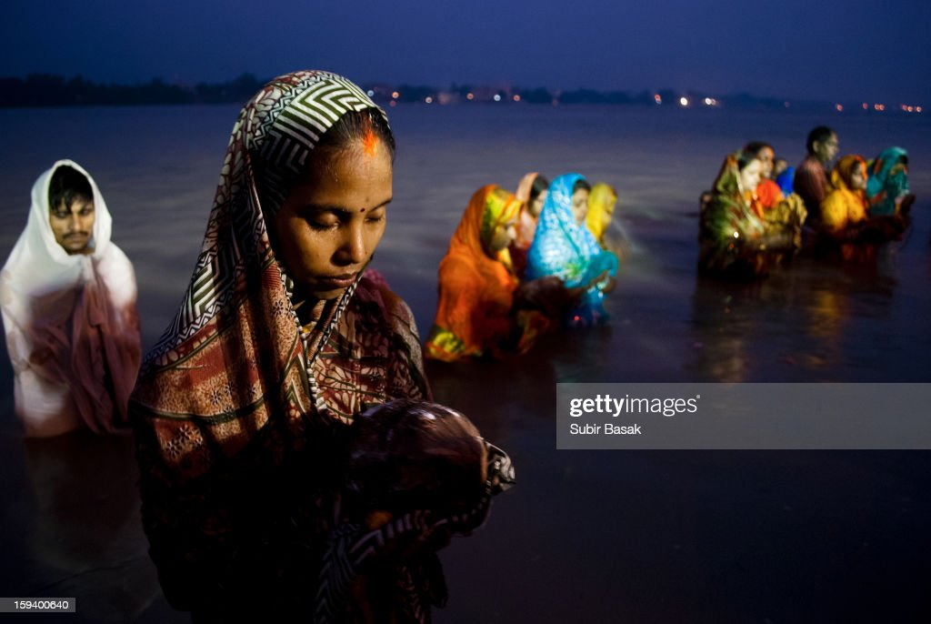 CONTENT] Indian Hindu devotees offer prayers to the sun at early morning during The Chhat Festival on the banks of the holy river Ganges in Kolkata. The Chhat festival is observed mainly by hindu people of the country, where devotees pray to the sun and water Gods eights days after Diwali, the festival of lights.