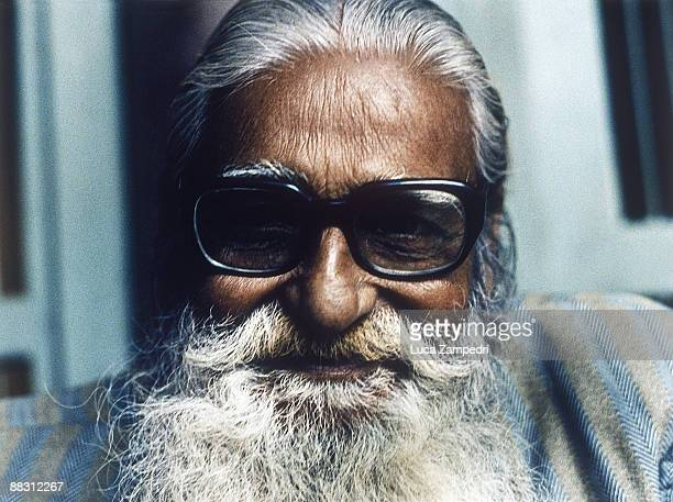 Indian man wearing sunglasses