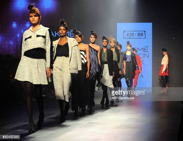 Indian models showcase creations by designer Shweta Kapur at Lakme Fashion Week Winter/Festive 2017 in Mumbai on August 16 2017 Lakme Fashion Week is...
