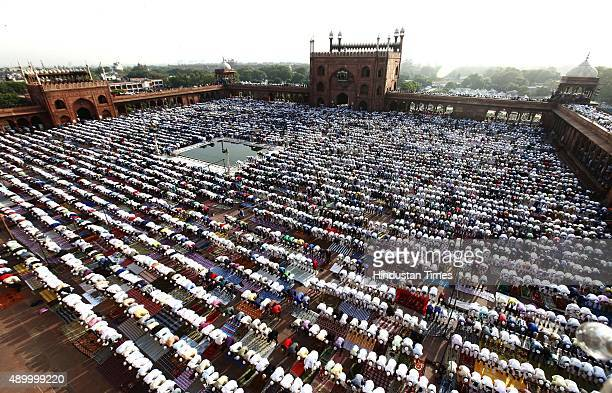 Indian Muslim devotees offer prayers on the occasion of Eid alAdha or the Feast of the Sacrifice at Jama Masjid on September 25 2015 in Old Delhi...