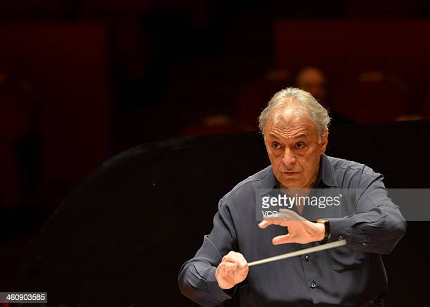 Indian Parsi conductor Zubin Mehta conducts the Orquestra de la Comunitat Valenciana orchestra during a rehearsal of the New Year's concert at Qintai...