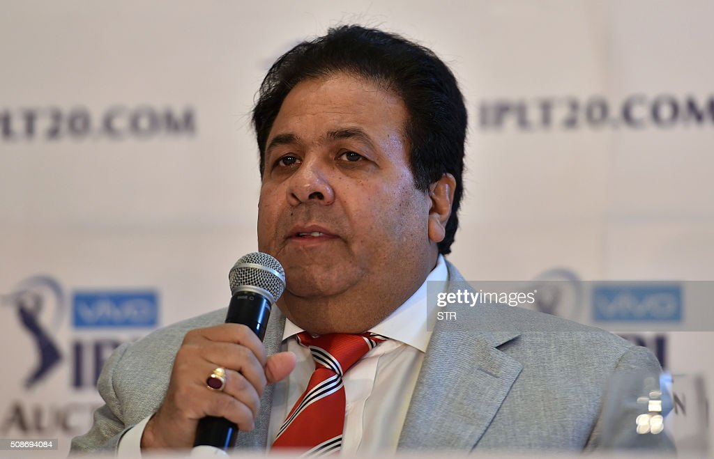 Indian Premier League chairman Rajiv Shukla addresses a press conference during the IPL auction in Bangalore on February 6, 2016. Australian all-rounder Shane Watson received the highest bid of $1.4 million while banished England star Kevin Pietersen was sold to a new franchise at a glitzy Indian Premier League auction on February 6. AFP PHOTO / AFP / STR