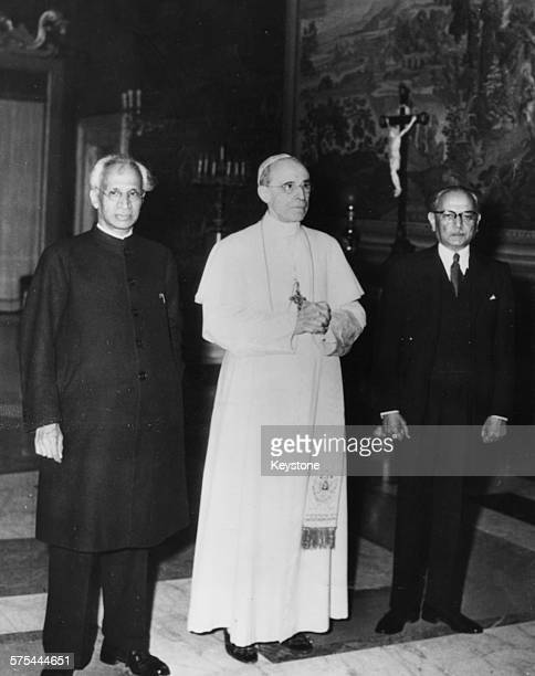 Indian President Sarvepalli Radhakrishnan and Pope Pius XII with the Indian Ambassador to Rome at the Vatican October 3rd 1952