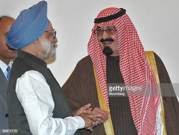 Indian Prime Minister Manmohan Singh left chats with with Saudi King Abdullah bin Abdul Aziz alSaud in New Delhi India Wednesday January 25 2006...