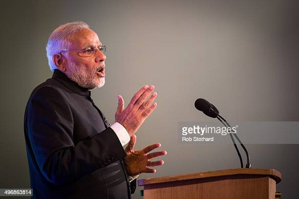Indian Prime Minister Narendra Modi addresses industry leaders at Guildhall on November 12 2015 in London England Modi began a threeday visit to the...