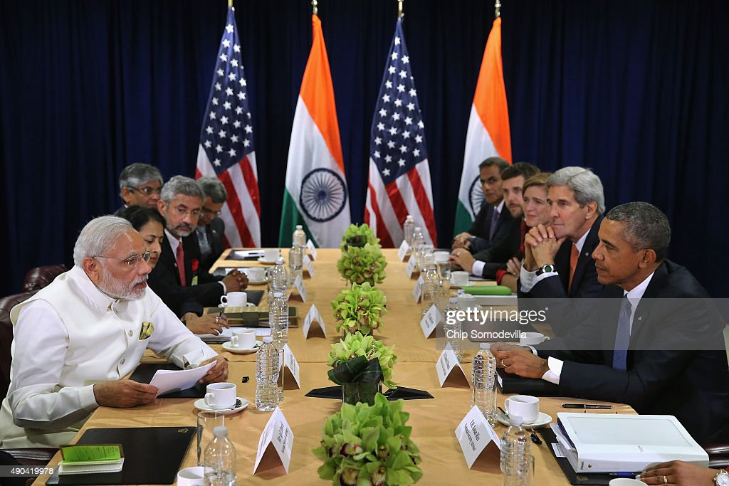 Indian Prime Minister Narendra Modi (L) and U.S. President Barack Obama deliver remarks to the news media after holding a bilateral meeting at the United Nations headquarters September 28, 2015 in New York City. Modi and Obama are in New York City to attend the 70th anniversary general assembly meetings.
