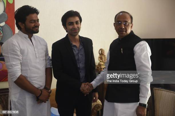 Indian professional player of English billiards and former professional snooker player Pankaj Advani with Sports minister Vijay Goel in New Delhi