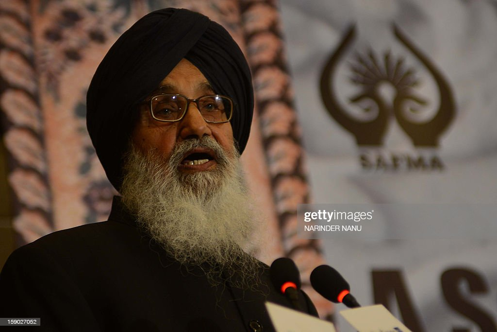 Indian Punjab State Chief Minister Parkash Singh Bada speaks during the inauguration ceremony of the 8th South Asia Free Media Association (SAFMA) International Conference 2013 in Amritsar on January 6, 2013. About 200 members delegates from eight SAARC countries participated in the conference in Amritsar. AFP PHOTO/ NARINDER NANU