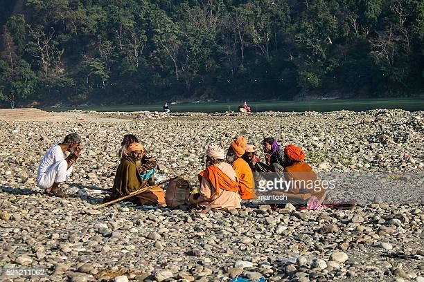 インド sadhus の設置場所には、ビーチの近くにあるガンガ川