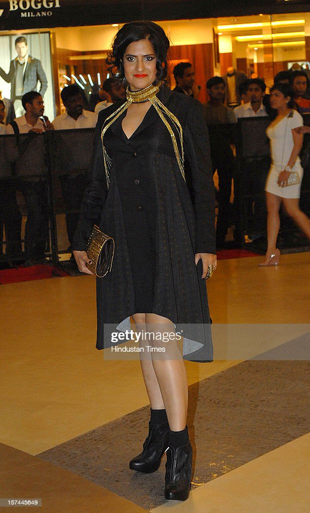 Indian singer Sona Mohapatra attending special screening of Film 'Talaash' at Phoenix Marketcity Mall, Kurla on November 29, 2012 in Mumbai, India.