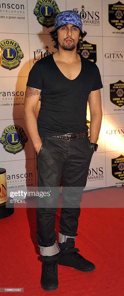 Indian singer Sonu Nigam poses during the Lions Gold Awards ceremony in Mumbai on January 16, 2013.