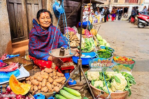 Indian street Verkäufer in Kathmandu